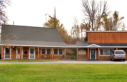 Colby's Orchard House - Michigan Assisted Living - Community Room